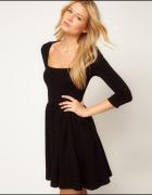 Czarna sukienka ASOS...