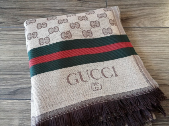 Szaliki i szale Szal Gucci nowy
