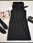 Sukienka mała czarna z kołnierzem 40 L stan bdb...