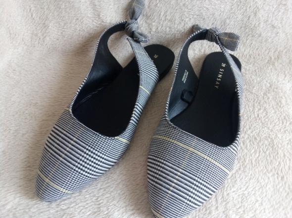 baleriny sandały w kratę bez piet sinsay rozm 39