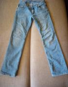Spodnie jeans firmy Cross...