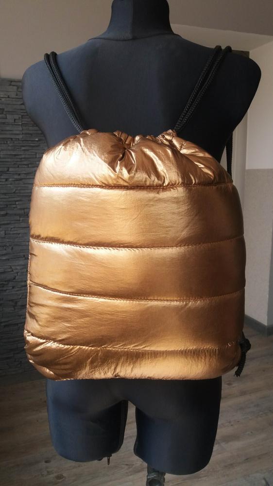 Złoty plecak