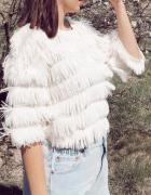 Kremowy sweterek