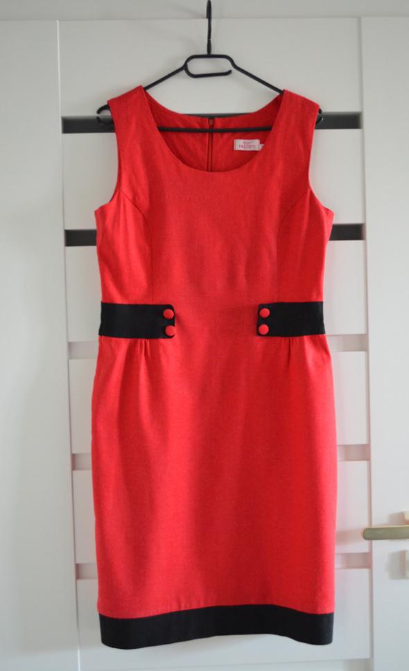 Suknie i sukienki czerwona letnia sukienka rozmiar 42