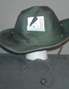 Ciemnozielony letni kapelusz z materiału...
