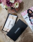 Pudrowy portfel Chanel...