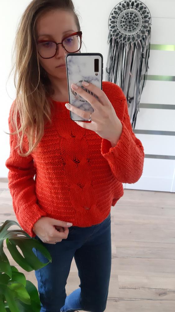 Koralowy czerwony sweter M C&A