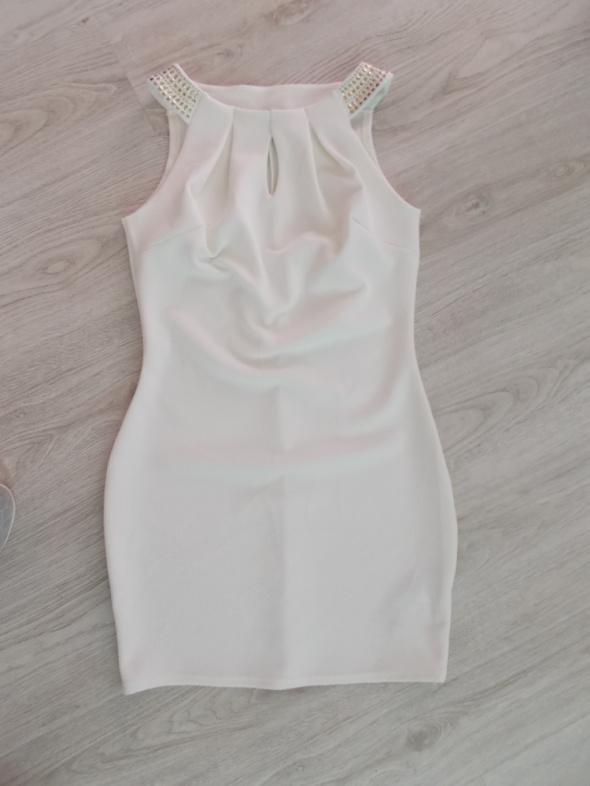 kremowa sukienka Orsay M