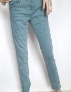 L33 spodnie Cream Denim ćwieki rozm M...