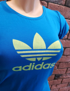 koszulka z nadrukiem adidas
