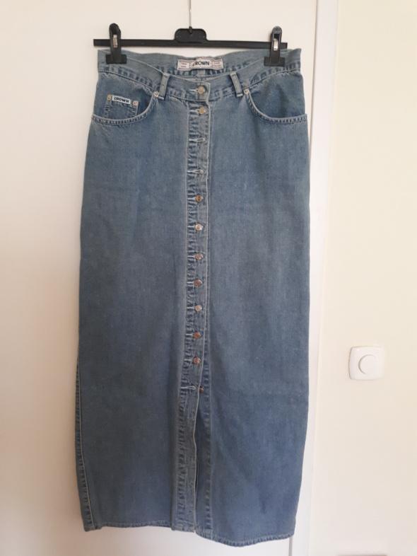 Jeansowa spódnica z guzikami...
