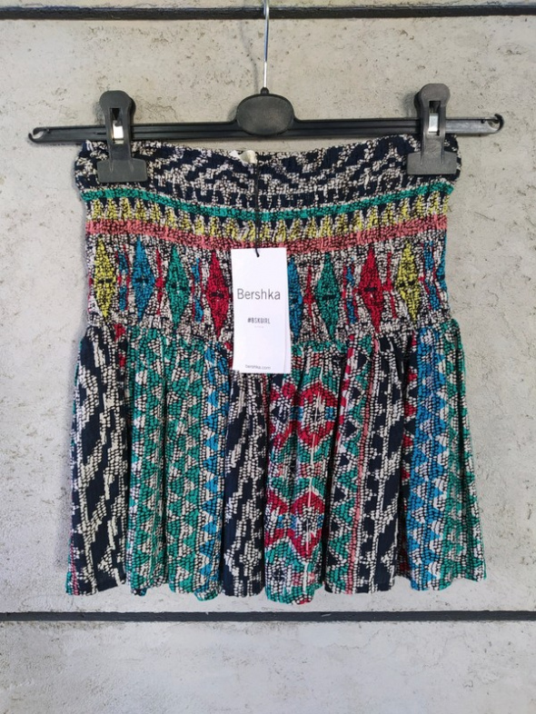 Spódnica Bershka kolorowa gumeczki r 40