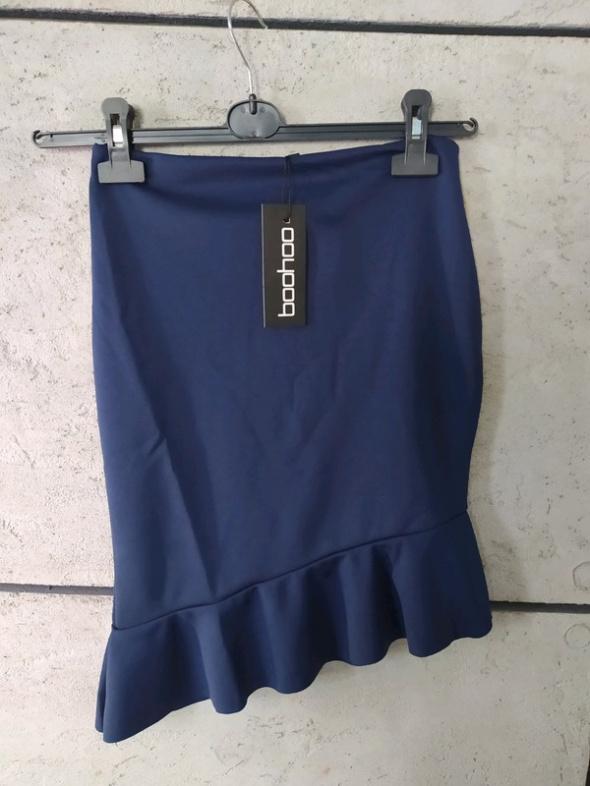 Spódnica granatowa boohoo r36 falbanka asymetryczna