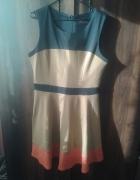 sukienka modna rozkloszowana