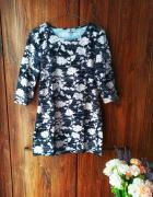 Czarna tunika w białe kwiaty Papaya M...