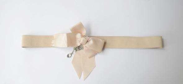 Pasek Beżowy Kokarda Guma 72 cm Beż Elegancki Kokardka