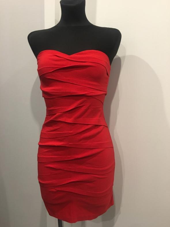 Suknie i sukienki Asos czerwona sukienka gorsetowa XS na S