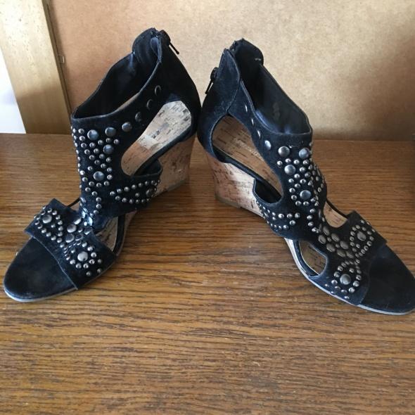 Sandały Sandały czarne ćwieki 38 na 39