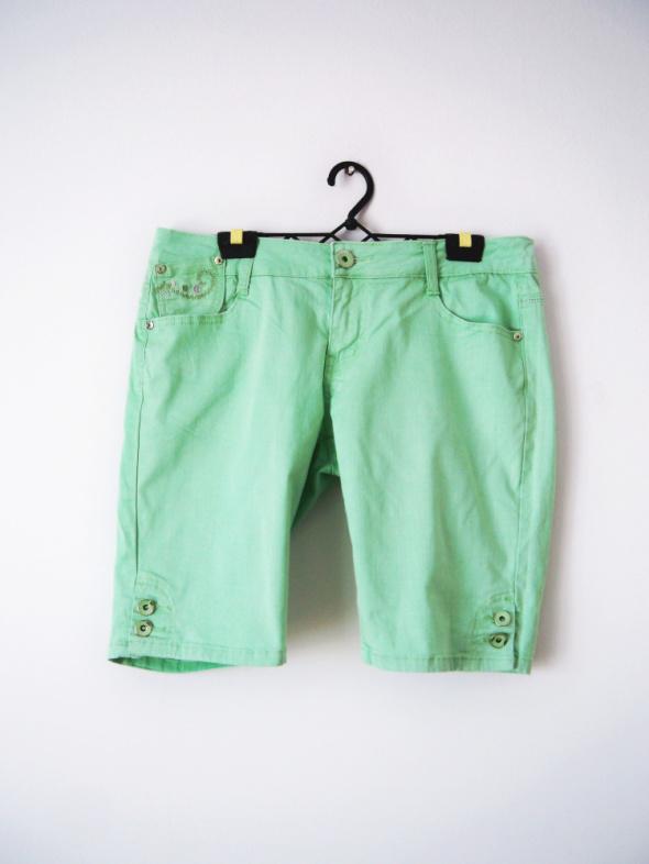 Spodenki Miętowe jeansowe szorty jeans zielone spodenki pastelowe