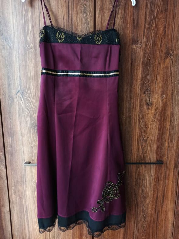 Sukienka wizytowa piękny śliwkowy kolor