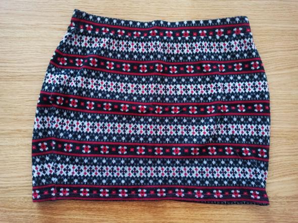 Spódnice Mini w czerwony wzór jodełka