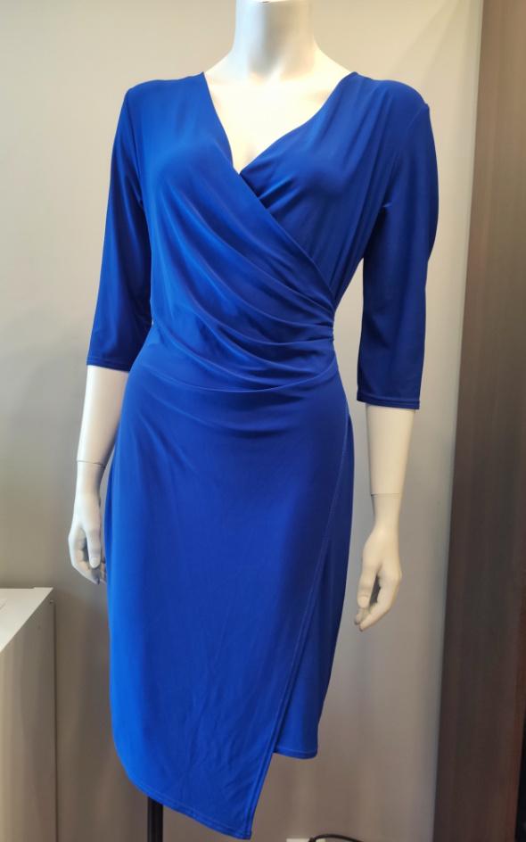 Chabrowa sukienka zakładana 42