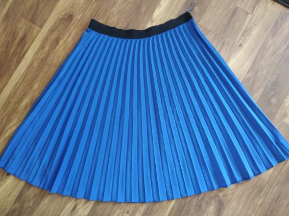 Chabrowa spódnica plisowana na gumie roz 60...