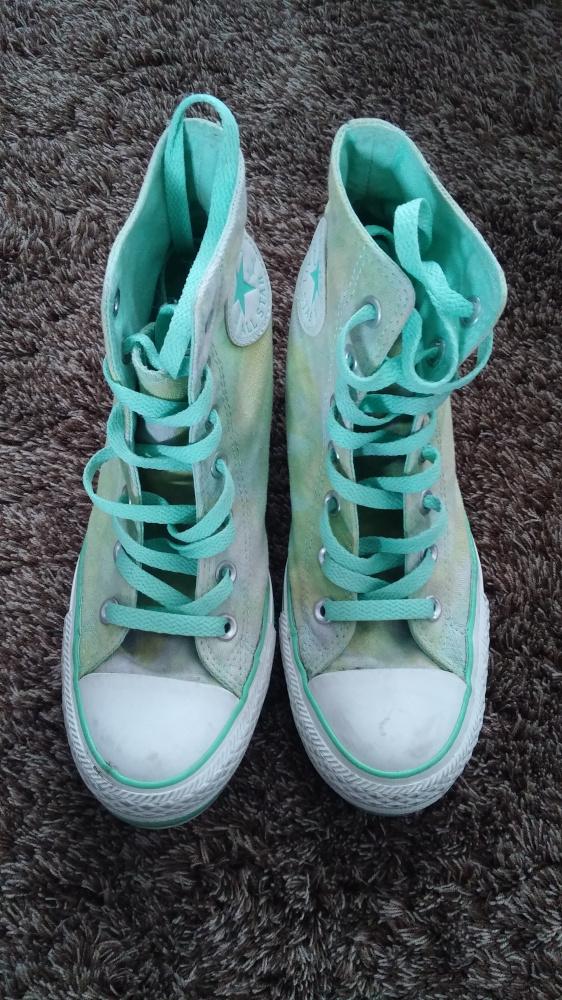 Convers sneakers