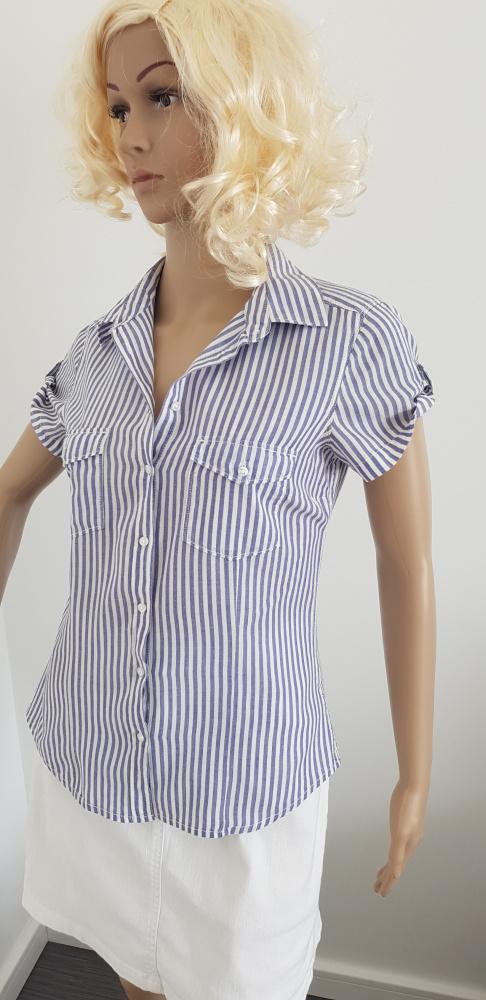 Biało niebieska bluzka marki H&M...