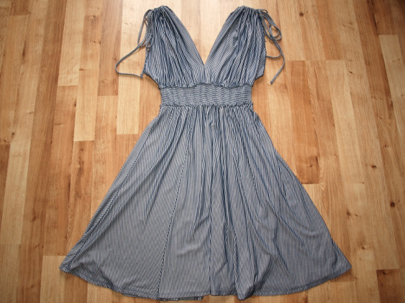 Letnia sukienka rozm M