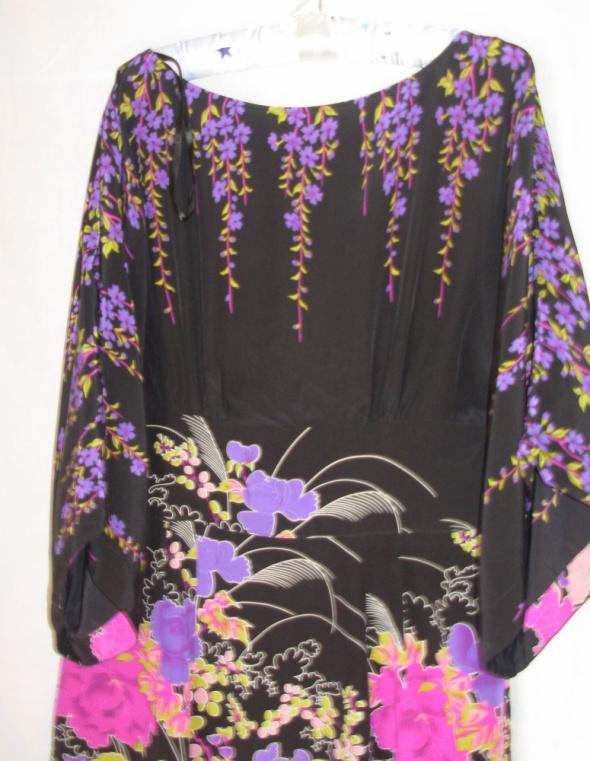 Jedwabna sukienka MONSOON 38...
