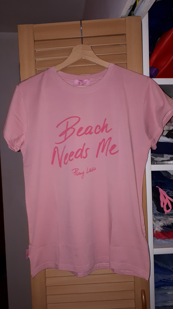 Nowa koszulka Plny Lala Beach Needs Me
