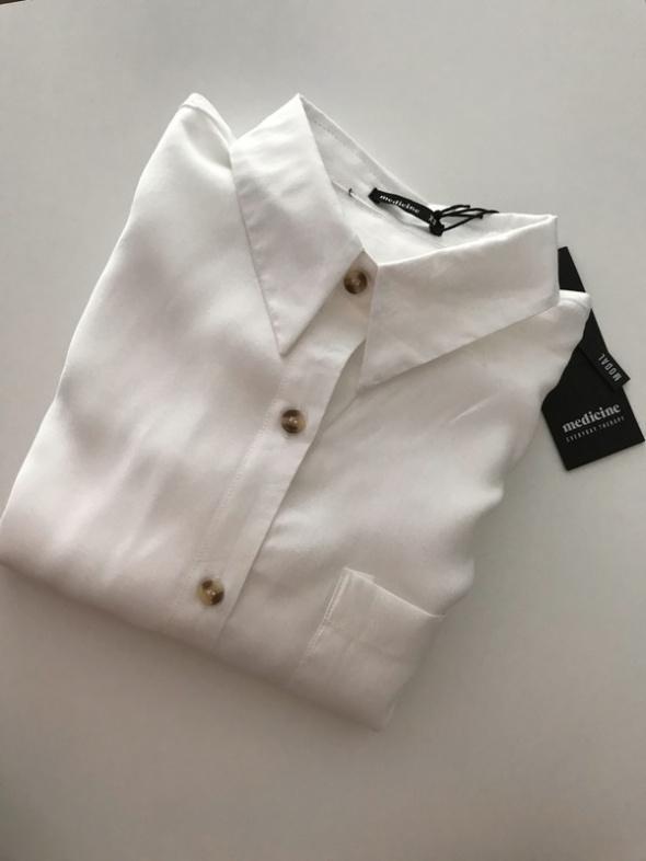 Biała koszula Medicine NOWA