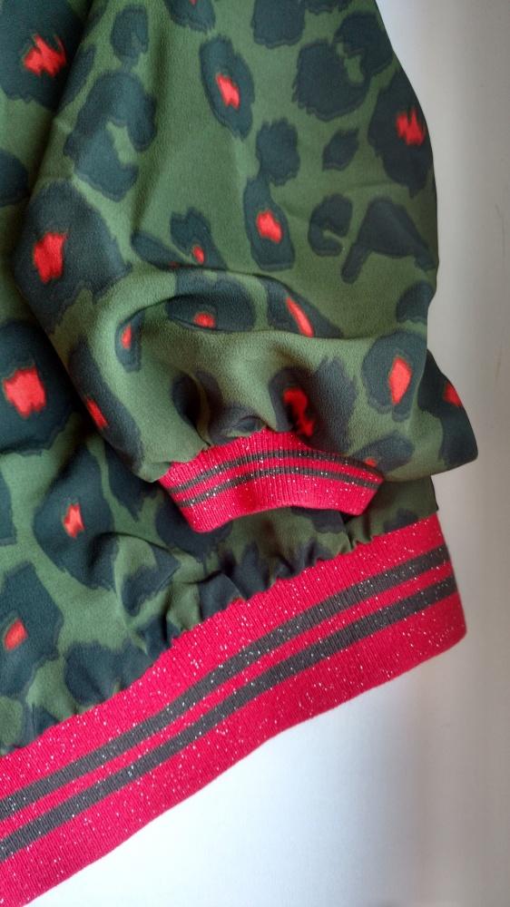 Bluzki zielona bluzka w panterkę