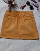 żółta spódniczka rozmiar m zapinana na guziki...