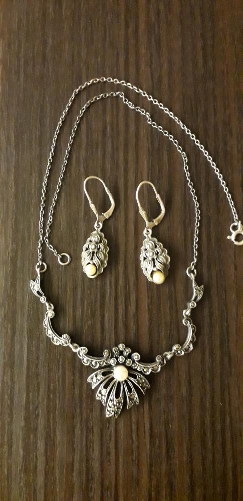 Stareńki naszyjnik z markazytami i perłą i kolczyki