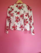 Biała koszula w róże...