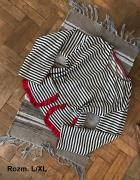 Bluza z kieszeniami