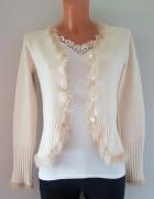 Kremowy Sweter...