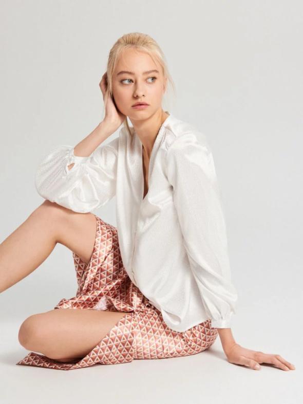 Nowa biała koszula Cropp M 38 bluzka elegancka satyna wzór guzi...