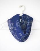 Granatowa chustka apaszka w kwiaty wzory retro vintage...