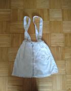 Biała spódniczka...