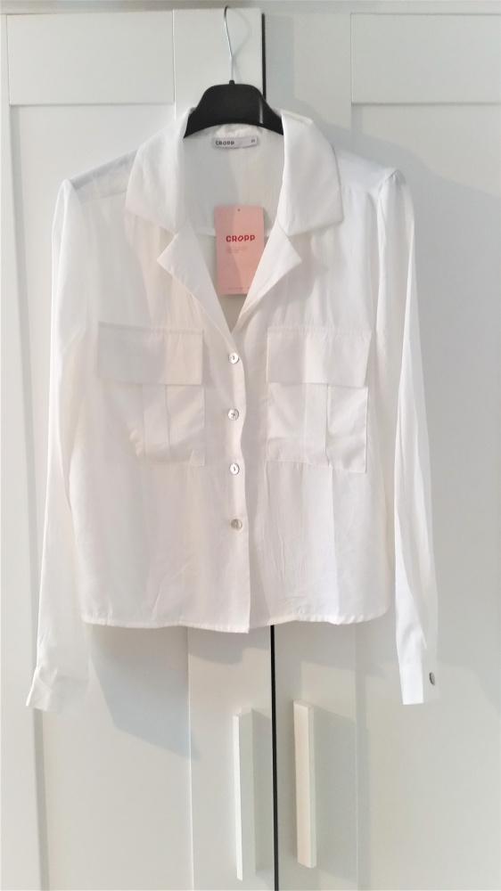 Biała klasyczna koszula Cropp...