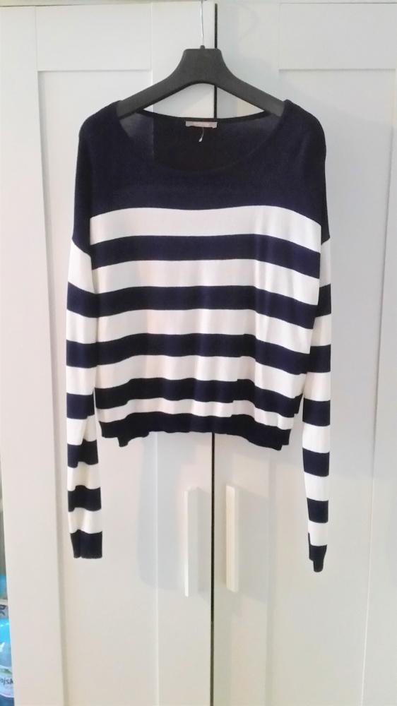 Sweterek w paski Orsay...