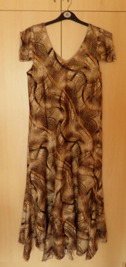 sukienka biust 96