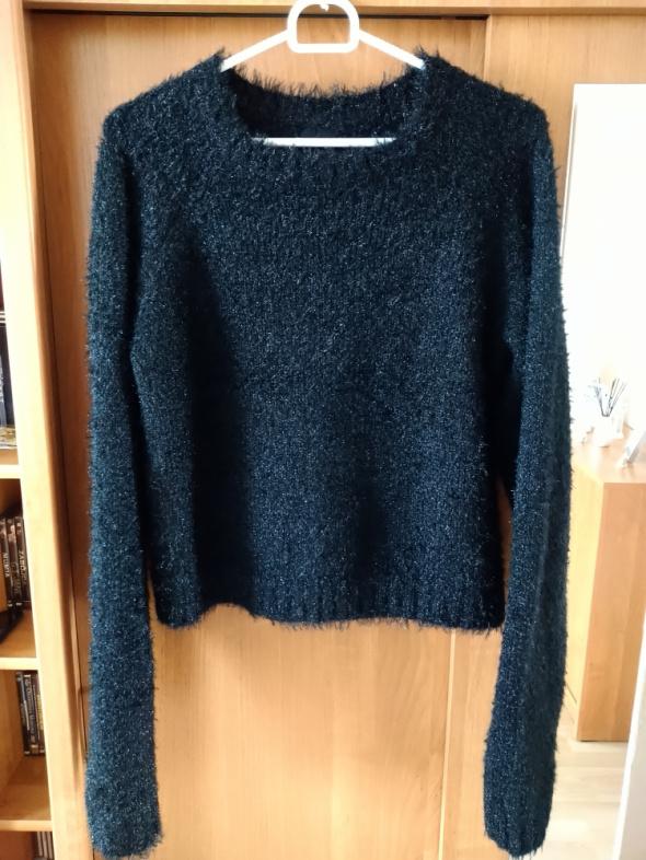 Błyszczący gruby sweter Sinsay L...