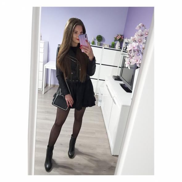 Czarna spódniczka czarna ramoneska
