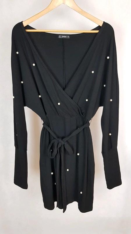 Nowa czarna sukienka z perełkami SHEIN L...