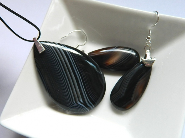 Biżuteria z czarnymi agatami zestaw w srebrze