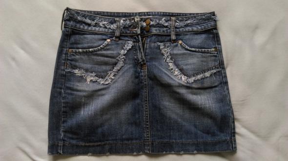 Spódnice dżinsowa mini przecierana przetarcia